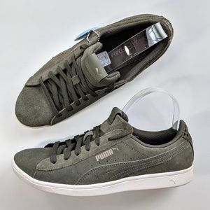 Puma Vikky Low Suede Green Women's 10